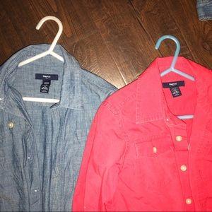 2 Boys 6/7 Gap long sleeve button downs